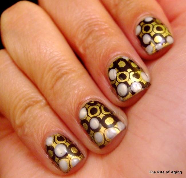 Nail Art Ideas Linkup: June #2 - Pearl Drops