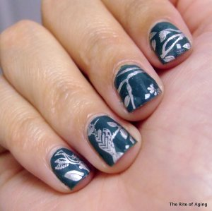 #31DC2014 September 4: Green Nails | The Rite of Aging…Early