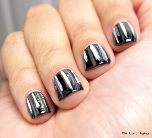Black and White Waterfall Nail Art | The Rite of Aging