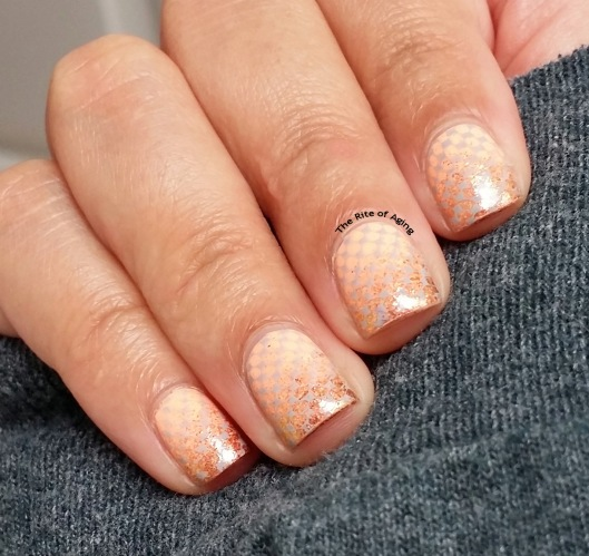 #OMD3NAILS: Peach Glitter Gradient & Stamping Nail Art | The Rite of Aging