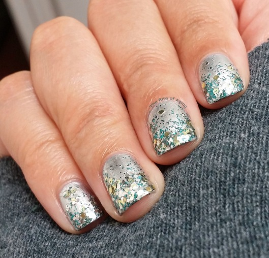 #OMD3NAILS: Silver Glitter Gradient Nail Art | The Rite of Aging