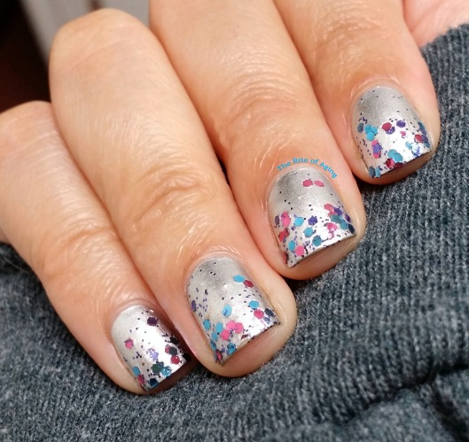#OMD3NAILS - Circus Glitter Gradient Nail Art | The Rite of Aging