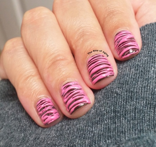 #OMD3NAILS - Pink Frosted Doughnut Sugar-Spin | The Rite of Aging