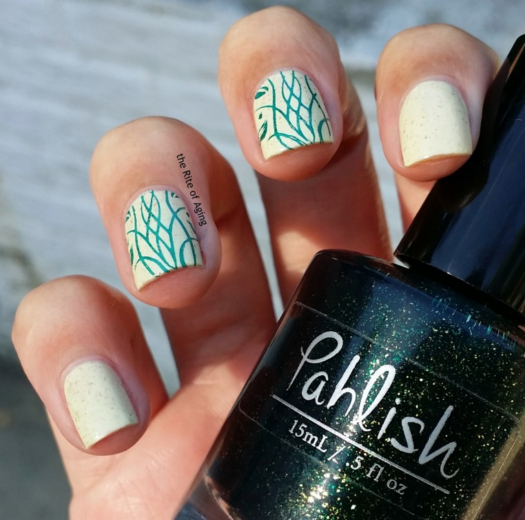 #31DC2015 - Delicate Stamping #nailart with #Pahlish | The Rite of Aging
