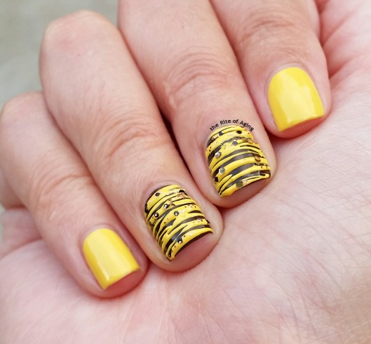 #31DC2015 - Yellow Sugar-Spun #NailArt | The Rite of Aging