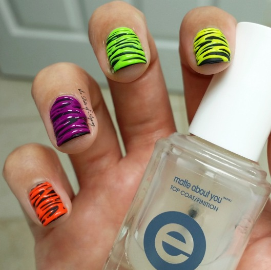 Neon Sugar-Spin Nail Art | The Rite of Aging