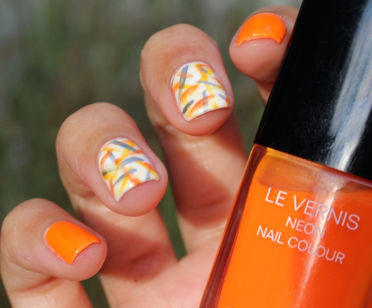 31 Day Global Nail Art Challenge (September 2017) - Day Two: Neon Orange and Abstract Lines Nail Art (#31DC2017)
