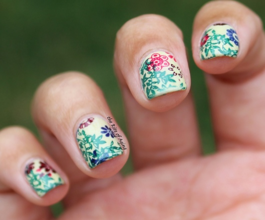 31 Day Nail Art Challenge (September 2017 - #31DC2017) Flowers on the Vine Stamping Nail Art